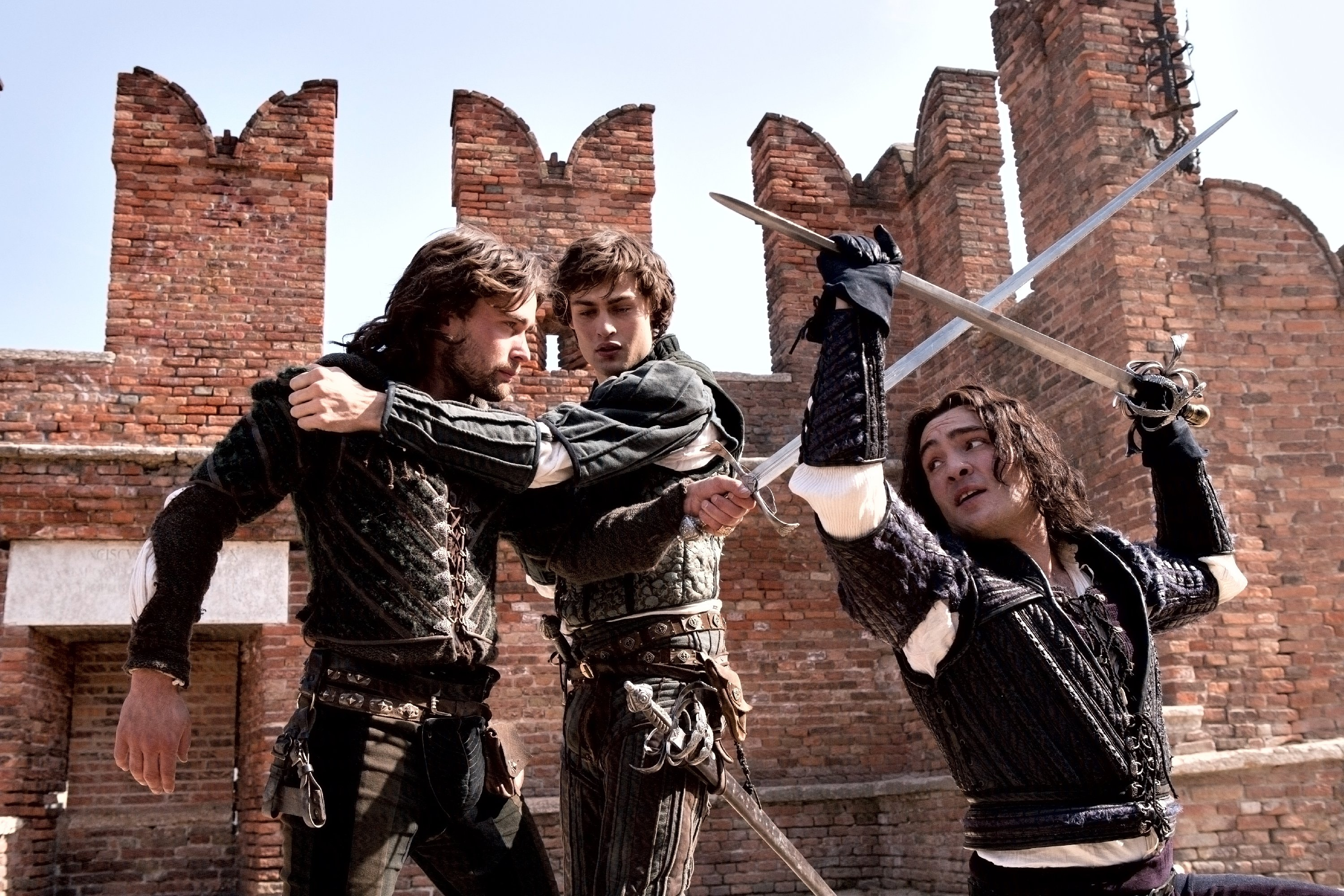 the battle between tybalt and mercutio Protagonists from the point of view of the two warring families 2  mercutio drew  his sword challenging tybalt romeo told tybalt to put his.