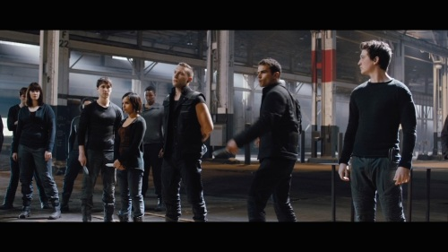 divergent-movie-screenshot-james