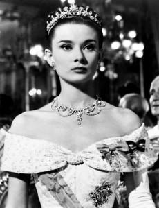 Annex-Hepburn-Audrey-Roman-Holiday_01-230x300