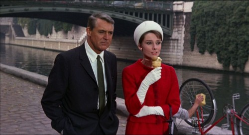 Charade-Movie-Audrey-Hepburn-Pictures-5-HD-Wallpapers-500x271