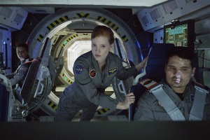 jessica-chastain-michael-pena-the-martian