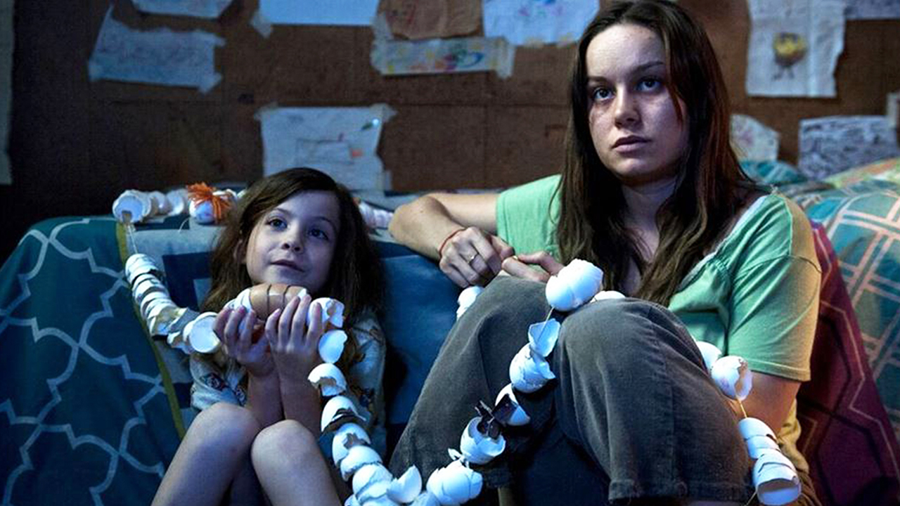 ROOM (2015) moviereview