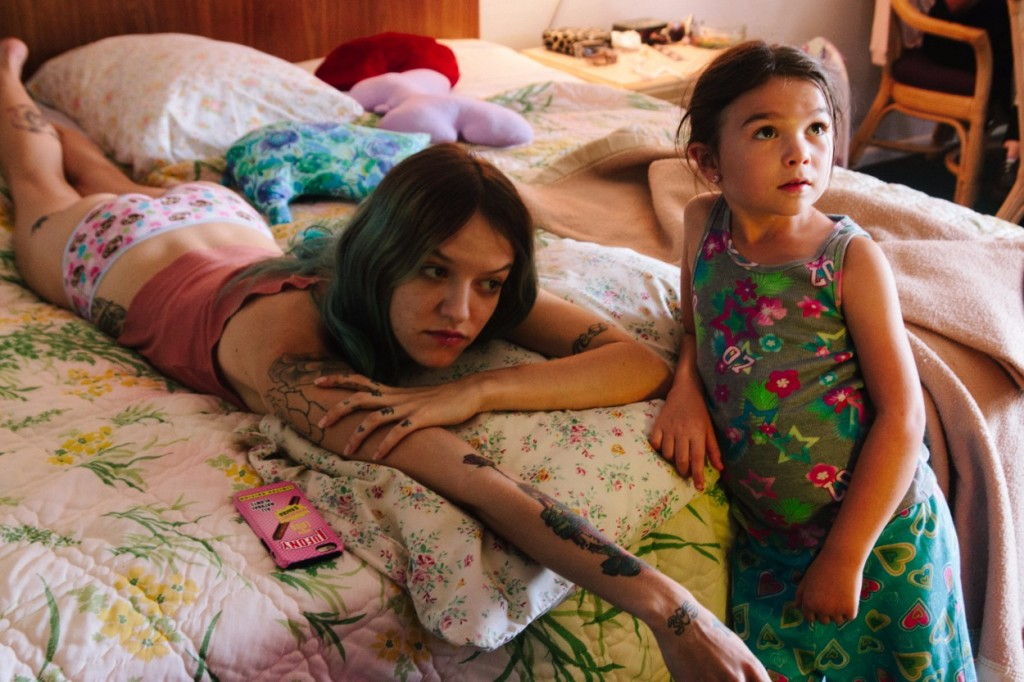 THE FLORIDA PROJECT (2017) movie review in haiku by Gwen Hughes ...